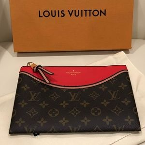 a67702607cbe Louis Vuitton Bags - Louis Vuitton Pochette Tuileries